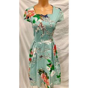 Dresses & Skirts - Vintage Inspired Floral Retro Pinup Dress
